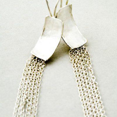 Beaten Track Breeze Curtain Earrings