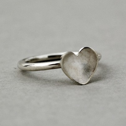 Solo Heart Small Ring
