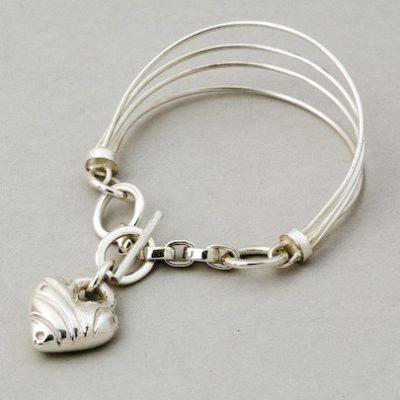 Solo Heart Solid Charm Bracelet