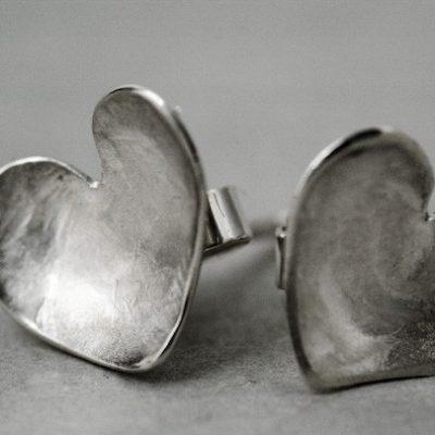 Solo Heart Stud Earrings