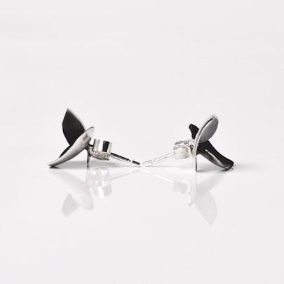Soul in Link petite oxidised stud earrings